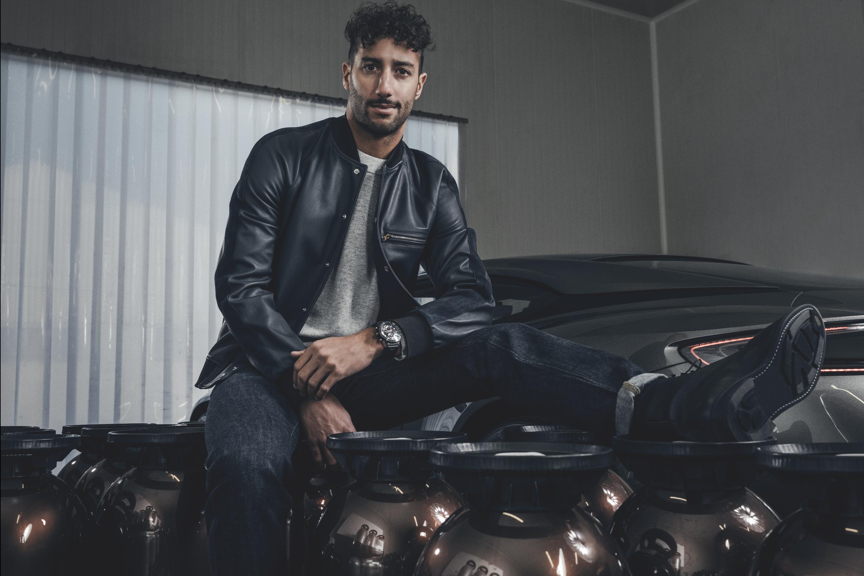 Daniel Ricciardo monte en pression